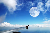 Flying high in the sky — Stock Photo