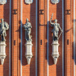 Statues at the House of the Blackheads in Riga — Stock Photo