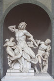 """Sculptural group """"Laokoon"""" in the Museum of Vatican. — Stock Photo"""