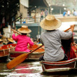 Samut Songkram, Thailand: Boat Vendors at Damnoen Saduak Floating Market — Stock Photo