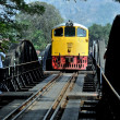Kanchanburi, Thailand: Railway Bridge and Train over the River Kwai — Stock Photo