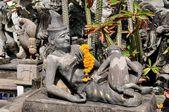 Bangkok, Thailand: Reclining Figure at Wat Suthat — Stock Photo