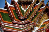 Bangkok, Thailand: Gabled Roofs at Wat Yanawa — Stock Photo