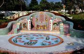 Kanchanaburi, Thailand: Elaborate Tombstone at Chinese Cemetery — Stock Photo