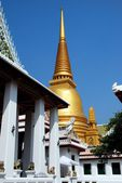 Bangkok, tailandia: royal wat bowornniwet — Foto de Stock