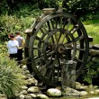 Chengdu, China: Little Boys and Wooden Water Wheel  — Stock Photo