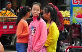 Pengzhou, China: Three Teenaged Girls — Stock Photo