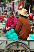 Pengzhou, China: Two Food Sellers at Tian Fu Market — Stock Photo