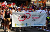 NYC: Group Advocating Marriage Equality at the Gay Pride Parade — Stock Photo