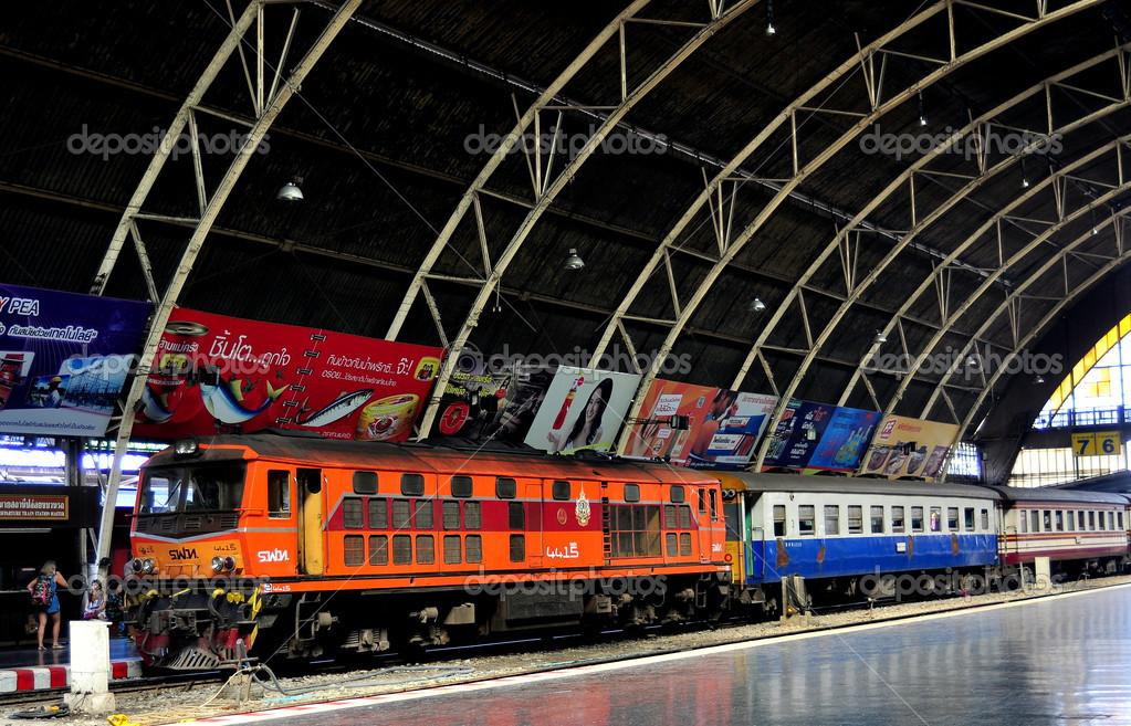 Bangkok, Thailand: Hua Lamphong Railway Station – Stock ...
