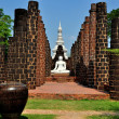 Samut Prakan: Wat Mahathat Grand Hall at Ancient Siam Heritage Park — Stock Photo