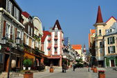 Bai Lu, China: Handsome Sino-French Village with its Alsatian Style Buildings — Stock Photo