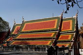 Saraaburi, Thailand: Vihan Hall at Wat Phra Phutthabat — Stock Photo