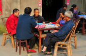 Pengzhou, China: Friends Playing Mahjong — Stock Photo