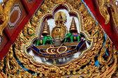 Bangkok, Thailand: Wat Hua Lamphong Tympanum — Stock Photo