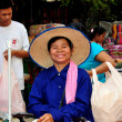 Bangkok, Thailand:  Smiling Woman Wearing Straw Hat — Stock Photo