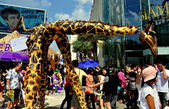 Bangkok, Thailand: Giraffe Puppets at Children's Day Festivities — Stock Photo