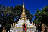Chiang Mai, Thailand: Chedi at Wat Chai Mongkhol — Stock Photo