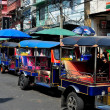 Bangkok,, Thailand:  Tuk-tuk Taxis on Khao San Road — Stock Photo