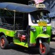 Bangkok, Thailand:  Tuk-Tuk Taxi on Khao San Roaad — Stock Photo