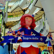 Bangkok, Thailand:  Angel and Christmas Tree at Central World Atrium — Stock Photo