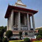 Bangkok, Thailand: Temple Pavilion at War Arun — Stock Photo #36320975