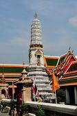 Bangkok, thajsko: nádvoří a prang na wat pho — Stock fotografie
