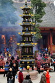 Pengzhou, China: Courtyard of Long Xing Monastery with People and Brazier Pagoda — Stock Photo