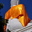 Chiang Mai, Thailand: Giant White Buddha Figure at Wat That Satoi — Stock Photo
