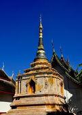Chiang Mai, Thailand: Chedi at Wat Phra Chao Mengrai — Stock Photo