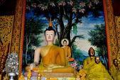 Chiang mai, tailândia: estátuas de buda no wat chedi liem — Fotografia Stock