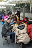 Chengdu, China: People Eating at Jin LI Street — Stock Photo