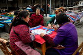 Pengzhou, China: Women Playing Mahjong — Stock Photo