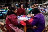 Pengzhou, China: Women Playing Mahjong — Stock Photo