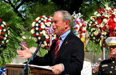 NYC: Mayor Michael Bloomberg Speaking at Memorial Day Service — Stock Photo