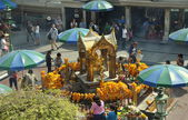 Bangkok, Thailand: The Erawan Shrine — Stock Photo