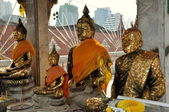 Bangkok, Thailand: Four Seated Buddhas at Wat Hua Lamphong — Stock Photo
