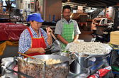 Bangkok, Thailand: Food Sellers on Silom Road — Stock Photo