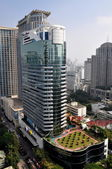 Bangkok, Thailand: Plaza Athenee Hotel on Wireless Road — Stock Photo
