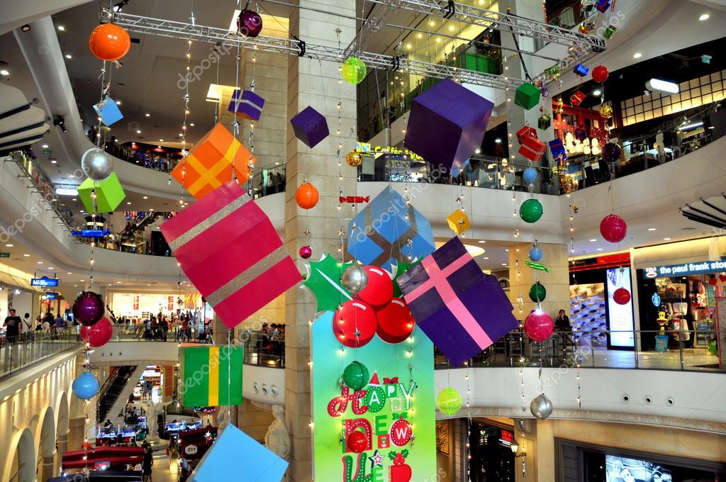 Bangkok tailandia decoraciones de la navidad en el - Adornos navidenos para comercios ...