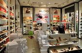Pattaya, Tailândia: loja de sapato & acessórios aldo feminino — Fotografia Stock