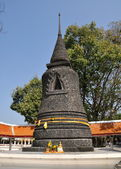 Pattaya, Thailand: Wat Chai Mongkhon Black Chedi — Stock Photo