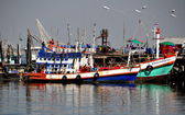 Bang Saen, Thailand: Fishing Boats Moored at Pier — Stock Photo