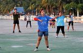 Bang saen, Tayland: tai ' chi açık egzersiz dersi — Stok fotoğraf
