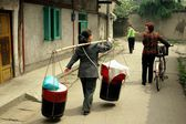 Pengzhou, China: People Walking on Hua Lu — Stock Photo