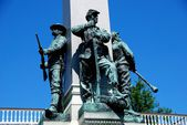 Yonkers, NY: Civil War Memorial Soldier Statues — Stock Photo