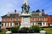 Civil War Memorial and Philipsburg Manor in Yonkers, NY — Stock Photo