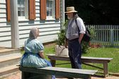 Old Bethpage Village, NY: Costumed Guides at Kirby Home — Stockfoto