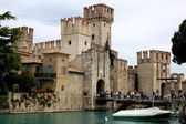 Sirmione, Italy: 13th Century Scaligers' Castle — Stock Photo