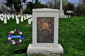 Arlington, VA: Space Challenger Memorial — Stock Photo